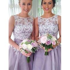 A-Line/Princess Scoop Neck Knee-Length Bridesmaid Dresses With Sash Appliques (007219270)