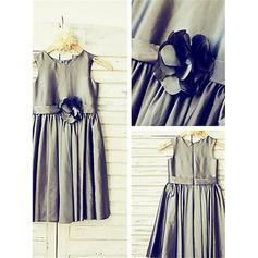Princess Tea-length A-Line/Princess Flower Girl Dresses Scoop Neck Taffeta Sleeveless