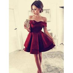 A-Line/Princess Off-the-Shoulder Satin Short Sleeves Short/Mini Ruffle Cocktail Dresses