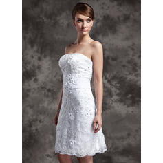 vestidos de novia con encaje en la parte superior del halter