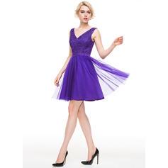 Tulle Bretelles classiques Forme Princesse Col V Robes de soirée étudiante (022214087)