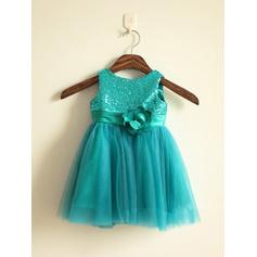 Scoop Neck A-Line/Princess Flower Girl Dresses Tulle/Sequined Flower(s) Sleeveless Knee-length (010211889)