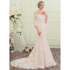 sleek wedding dresses with sleeves