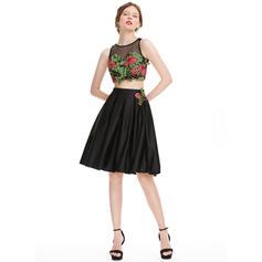 Cetim Alças largas regulares Vestidos princesa/ Formato A Decote redondo Vestidos de boas vindas (022214139)