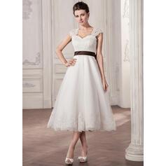 A-Line/Princess Sweetheart Tea-Length Tulle Lace Wedding Dress With Sash Bow(s) (002058808)