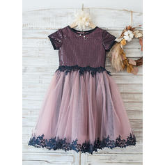 A-Line/Princess Knee-length Flower Girl Dress - Tulle/Lace/Sequined Short Sleeves With Appliques