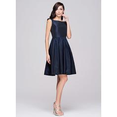 vestido de dama de honor de cuello alto gasa