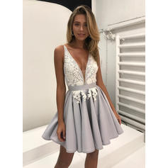 Chic Satin Sleeveless V-neck Appliques Homecoming Dresses