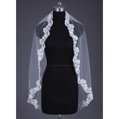 Fingertip Bridal Veils Tulle/Lace One-tier Oval/Mantilla With Lace Applique Edge Wedding Veils