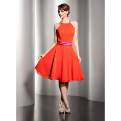 A-Line/Princess Chiffon Bridesmaid Dresses Sash Scoop Neck Sleeveless Knee-Length (007051868)