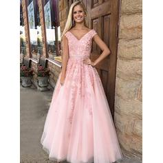 A-Line/Princess Tulle Prom Dresses Appliques Lace V-neck Sleeveless Floor-Length