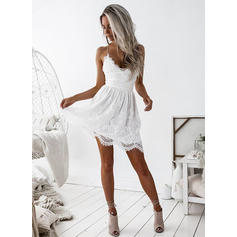 A-Line/Princess V-neck Short/Mini Lace Cocktail Dresses With Ruffle