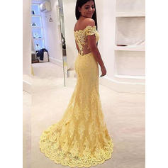 Lace Sleeveless Trumpet/Mermaid Prom Dresses Off-the-Shoulder Sweep Train