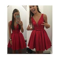 Simple Satin Homecoming Dresses A-Line/Princess Short/Mini V-neck Sleeveless