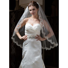 Fingertip Bridal Veils Tulle One-tier Oval/Mantilla With Lace Applique Edge Wedding Veils