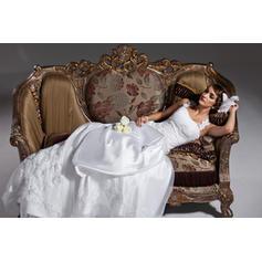 Madre púrpura de vestidos de novia