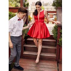A-Line/Princess Scoop Neck Short/Mini Homecoming Dresses With Ruffle (022219337)