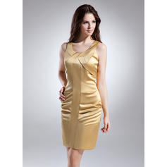 Sheath/Column Scoop Neck Short/Mini Satin Cocktail Dresses (016015634)