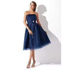 A-Line/Princess Strapless Ruffle Crystal Brooch Organza Bridesmaid Dresses (007001812)