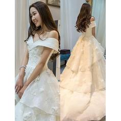 Glamorous Off-The-Shoulder Ball-Gown Wedding Dresses Court Train Organza