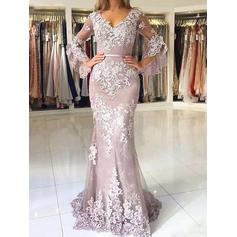Long Sleeves Delicate Trumpet/Mermaid Tulle Appliques Prom Dresses