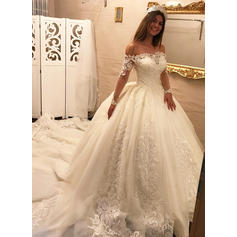 Delicate Royal Train Ball-Gown Wedding Dresses Off-The-Shoulder Tulle Lace Long Sleeves