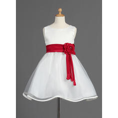 Simple A-Line/Princess Sash/Beading/Flower(s)/Bow(s) Sleeveless Organza/Satin Flower Girl Dresses (010014595)