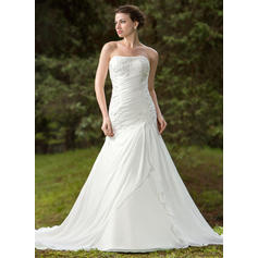 Trumpet/Mermaid Sweetheart Chapel Train Wedding Dresses With Ruffle Beading Appliques Lace (002196859)