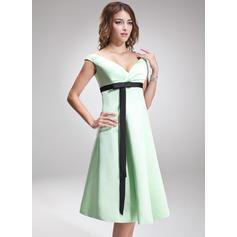Empire Satin Bridesmaid Dresses Ruffle Sash Bow(s) Off-the-Shoulder Sleeveless Knee-Length (007197187)