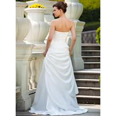 enkla men eleganta bröllopsklänningar