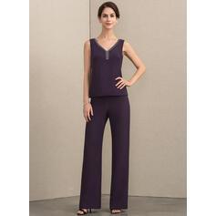 Decote V Longos Tecido de seda Vestido para a mãe da noiva com Beading (008164064)