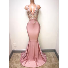 Charmeuse Sleeveless Trumpet/Mermaid Prom Dresses V-neck Lace Sweep Train