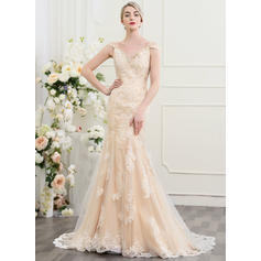 Sweetheart Trumpet/Mermaid Wedding Dresses Tulle Lace Beading Sequins Sleeveless Court Train