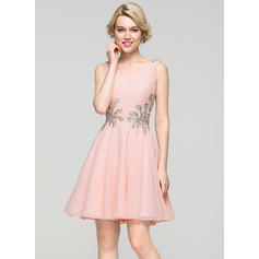 A-Line/Princess V-neck Short/Mini Chiffon Homecoming Dresses With Ruffle Beading Sequins (022214101)