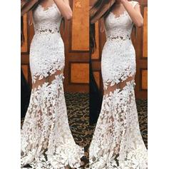 Trumpet/Mermaid Lace Prom Dresses Scoop Neck Sleeveless Sweep Train