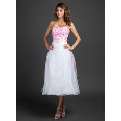 A-Line/Princess Sweetheart Tea-Length Homecoming Dresses With Embroidered Ruffle Beading (022212876)