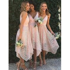 V-neck A-Line/Princess Lace Sleeveless Bridesmaid Dresses (007145048)