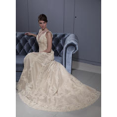 Flattering General Plus Sweetheart A-Line/Princess Tulle Wedding Dresses (002196879)