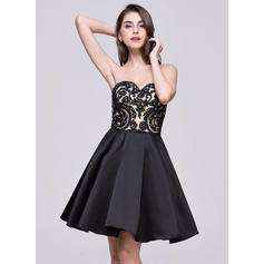 A-Line/Princess Short/Mini Satin Lace Sweetheart Homecoming Dresses (022068057)