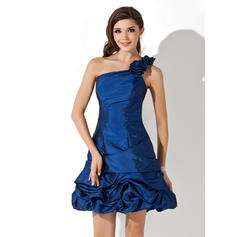 A-Line/Princess One-Shoulder Short/Mini Taffeta Homecoming Dresses With Ruffle
