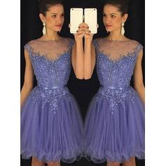 Tulle Scoop Neck A-Line/Princess Sleeveless Cocktail Dresses