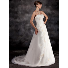 sølv og hvite brudekjoler