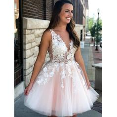 Delicate Homecoming Dresses A-Line/Princess Short/Mini V-neck Sleeveless