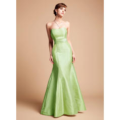 Luxurious Trumpet/Mermaid Strapless Taffeta Bridesmaid Dresses