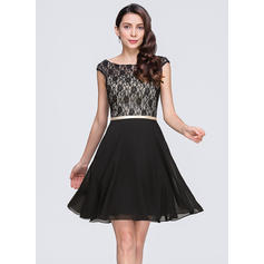 A-Line/Princess Scoop Neck Chiffon Lace Cocktail Dresses