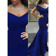 Trumpet/Mermaid Off-the-Shoulder Satin Sleeveless Court Train Evening Dresses