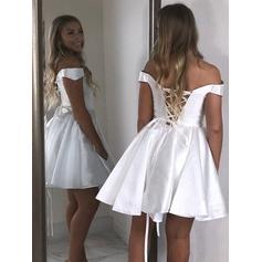 Forme Princesse Court/Mini Satiné Hors-la-épaule Robes de soirée étudiante (022219299)