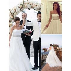Elegant Court Train Ball-Gown Wedding Dresses Sweetheart Tulle Sleeveless