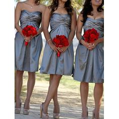 A-Line/Princess Sweetheart Knee-Length Bridesmaid Dresses With Ruffle (007212232)