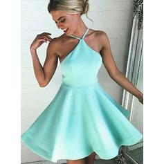 A-Line/Princess Scoop Neck Short/Mini Satin Homecoming Dresses (022212369)